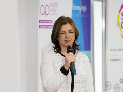Gabriela Coman